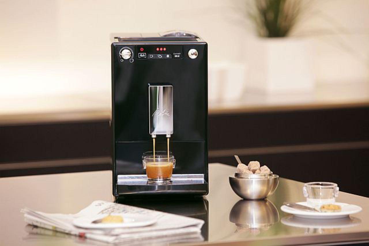 Melitta-caffeo-solo-black-reddot-design-award_(1)