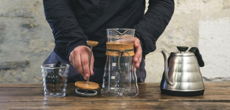 préparer un café avec une french press