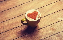 Cocoa heart coffee cup 1920x1200