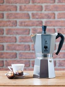 Italiaanse espressomaker Moka Express Bialetti - 9 kopjes